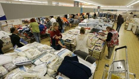 Bare-bones Aldi expands as US shoppers struggle