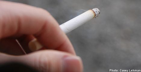 'Smokers cost Swedish councils billions': report