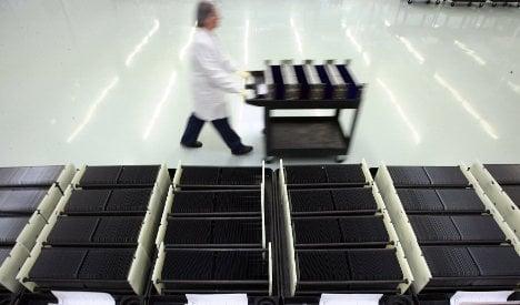 German solar-panel manufacturers face financial ruin