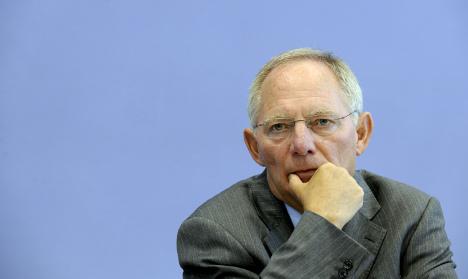 Schäuble sees no increased terrorist threat