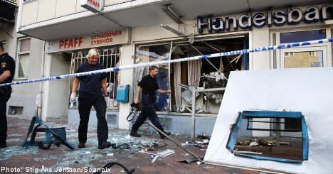 Bank explodes in Malmö smash and grab raid