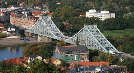 Dresden's 'Blue Wonder' bridge dilapidated