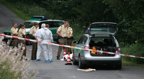Police kill bank robber in getaway chase shoot-out