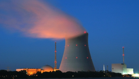 Schavan withholds nuclear energy study