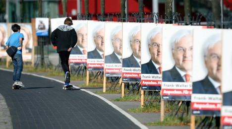 Battered SPD limps into national election