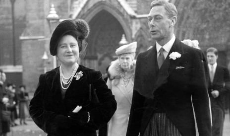 Queen Mother's letter tells of brush with Luftwaffe bombing