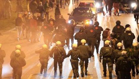 Rioting in Hamburg increases tension ahead of street fest