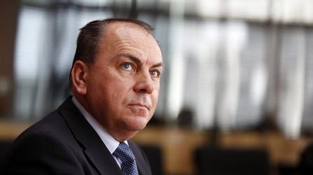 Central bank sees little room for tax cuts
