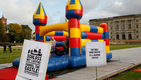 Protest tries to bounce reconstruction of Berlin city palace