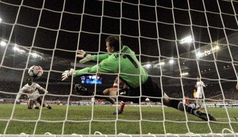 Sevilla humble Stuttgart at home