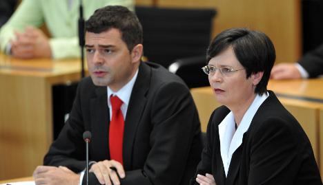 Thuringia state premier vote turns into three-round fiasco