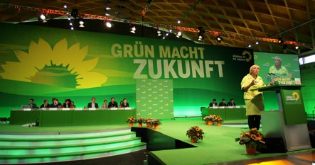 Greens opt for gradual withdrawal from Afghanistan