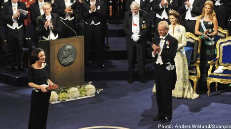 Müller slams Russia at Nobel awards ceremony