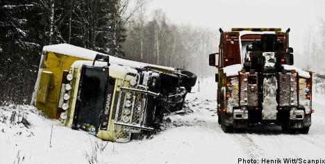 Snow wreaks havoc on Sweden's roadways