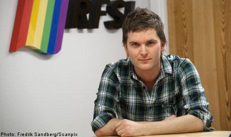 Gay men may donate blood: health board