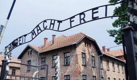 Notorious Auschwitz entry gate stolen