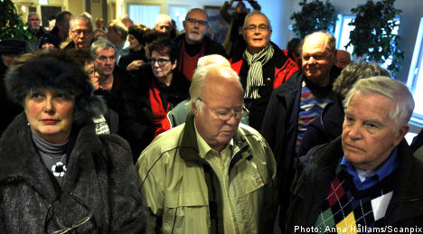 Pensioners rally behind slap-happy 70-year-old