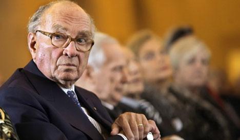 Elder statesman Graf Lambsdorff dies