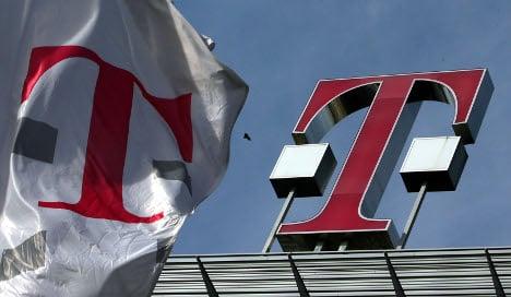 Regulator demands Deutsche Telekom open fast internet network