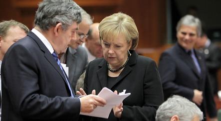 Merkel defies Europe over bank-bonus tax