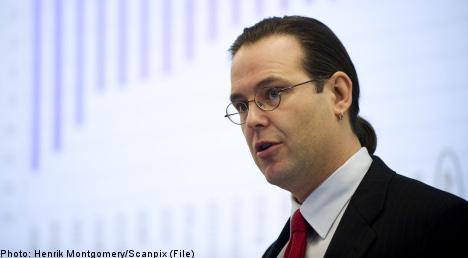Bonus-happy banks risk tougher rules: Borg