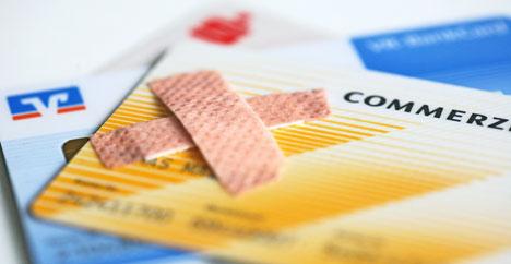 Bank card bug turns Germans back to cash