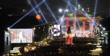 Nearly a million celebrate New Year in Berlin