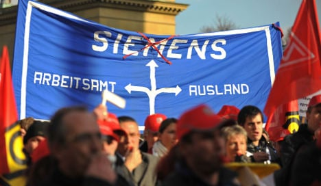 Siemens to eliminate nearly 2,000 jobs