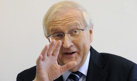 Brüderle raises 2010 growth forecast