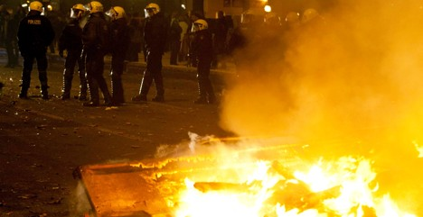 Left-wing violence on streets of Hamburg