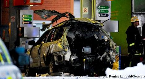 Car explodes at Stockholm petrol station