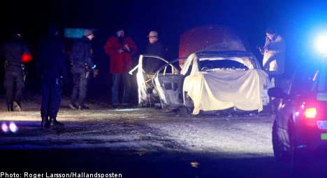 Two bodies found in trunk of burning car