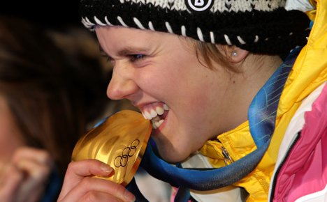 Victorious Viktoria puts Germany in top spot