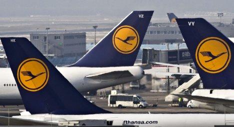 Lufthansa sets up emergency plan for strike