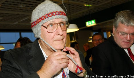 Ikea founder 'cried like a baby' over Russian bribery scandal