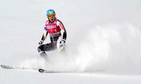 Women's ski team leaves luck to underwear and kangaroo