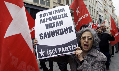 Turks leave Social Democrats in protest