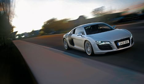 Audi blasts past French speed trap at 300 kph