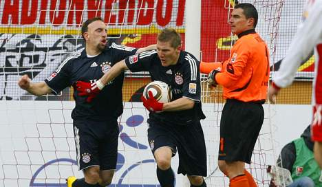 Bayern goalkeeper takes blame for Cologne draw