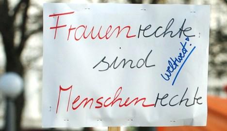Schavan says German women get a raw deal