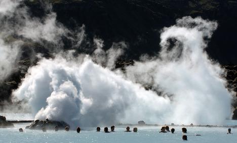 Crisis-hit Iceland and Greece target German tourists