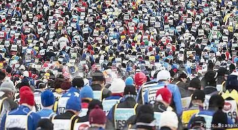 Swedes win thrilling ski marathon