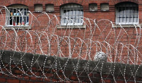 Hamburg authorities criticised after teen deportee's death