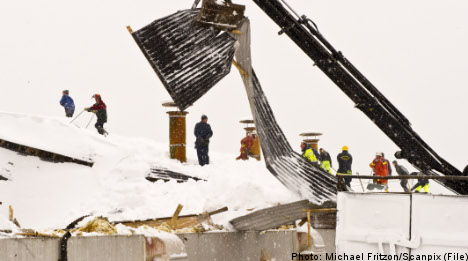 Contractors at fault as roofs collapse