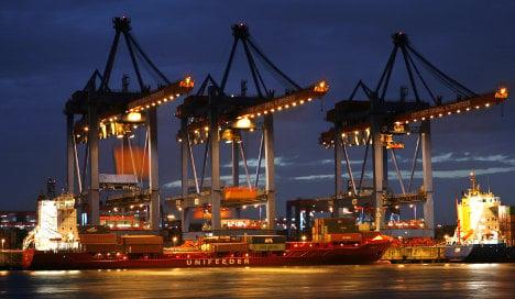 France attacks hefty German trade surplus