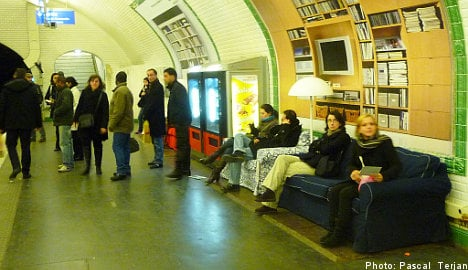 Ikea offers repose in Paris metro marketing campaign
