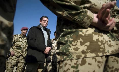 Guttenberg moots overhaul of military