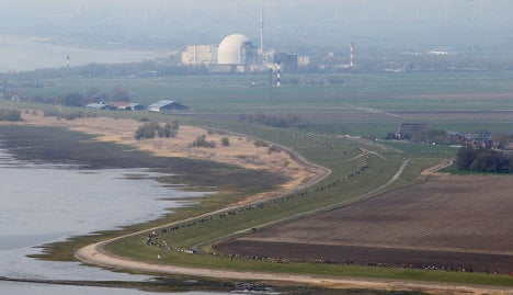 120,000 take stand against nuclear power