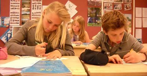 Bilingual schools give kids the edge