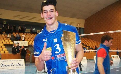 Aussie rules in world's tallest volleyball team